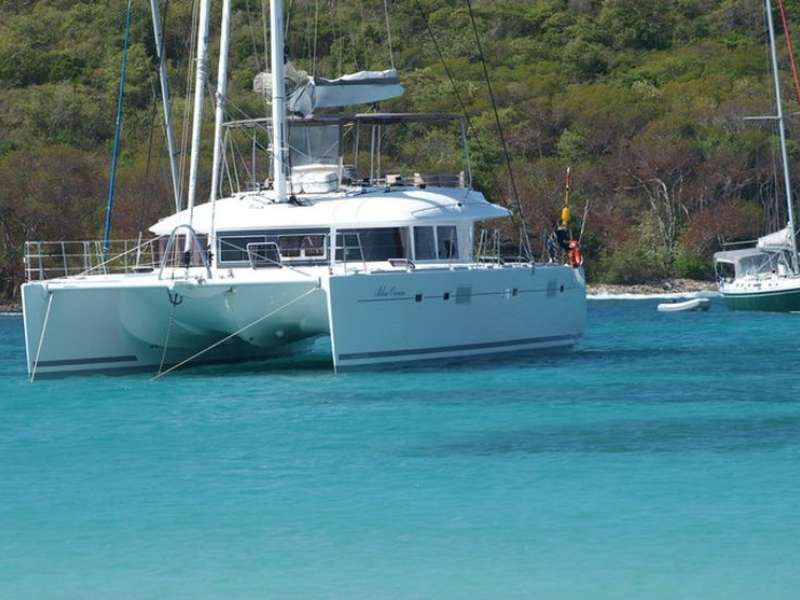 Catamaran Lagoon 560 in the bay
